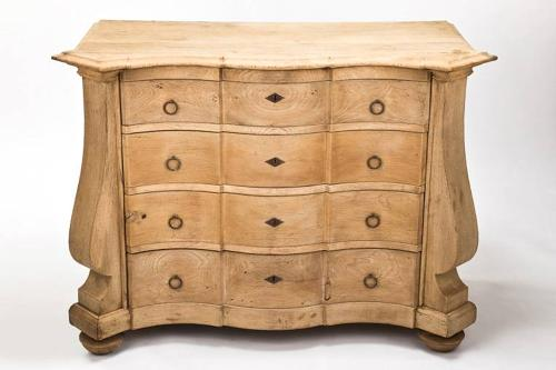 C18th bleached oak Dutch commode
