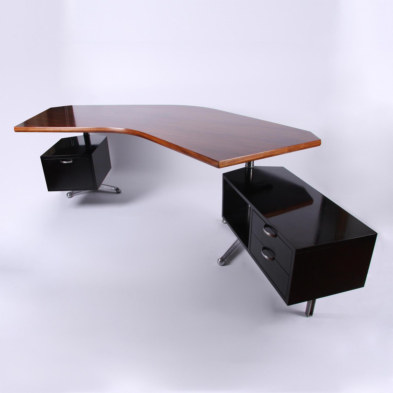 Osvaldo Bersani Desk