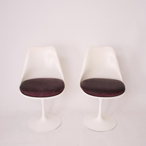 Set of Six Saarinen Tulip Chairs