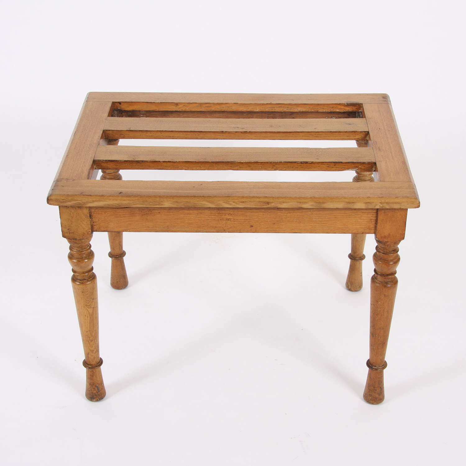 Early 20th Century English Wooden Luggage Rack