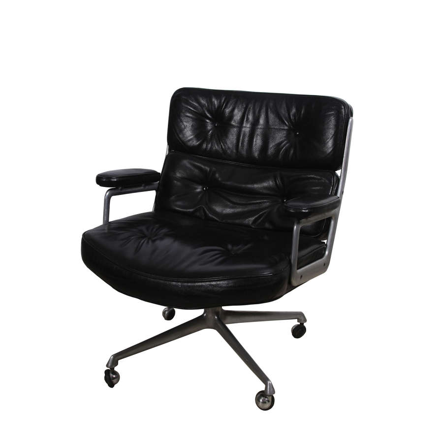 Eames 'Time Life' Lobby Chair