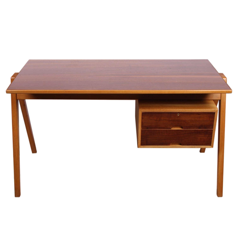 Hillestak 1950s Desk designed by Robin Day for Hille of London